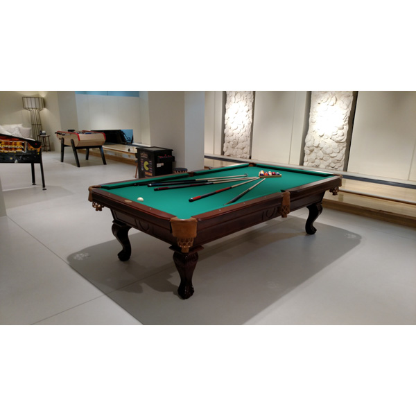 Genial Vintage Pool Table